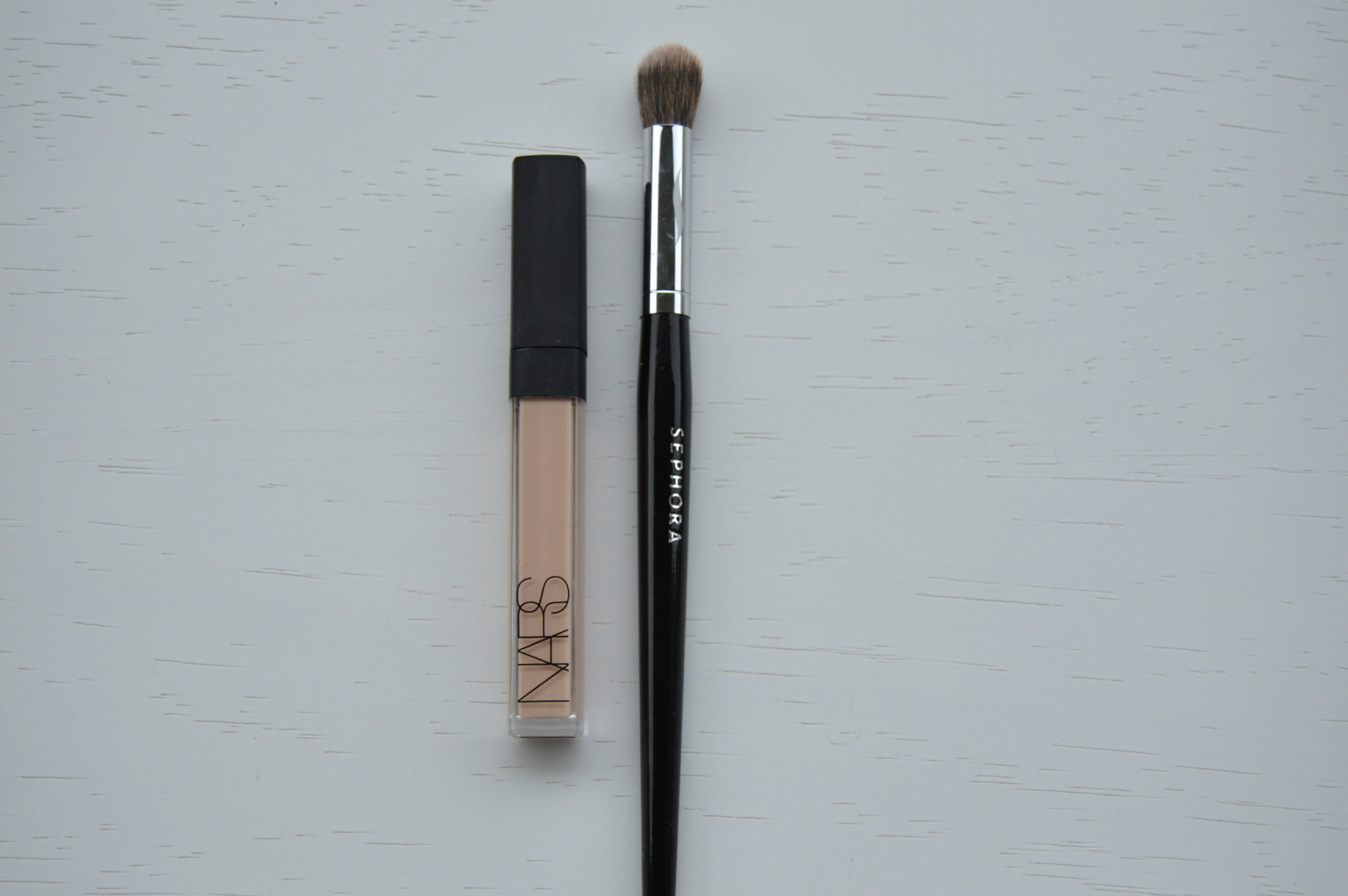 mac concealer brush. i\u0027ll use either a lightly dampened beauty blender or the sephora pro airbrush concealer brush to blot away any excess (and there\u0027s always excess!) mac h