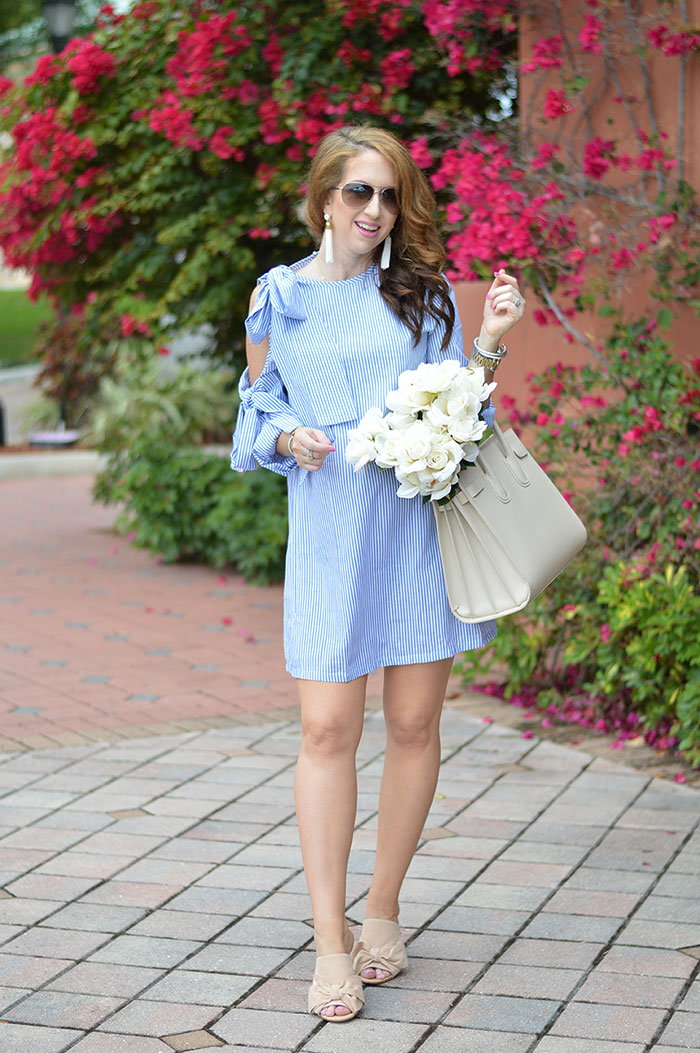 a53ba55c2e29 nina lacher from law of fashion blog wears sheinside blue and white striped bow  embellished open
