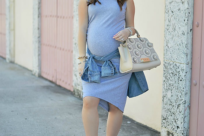 Sporty Maternity Look