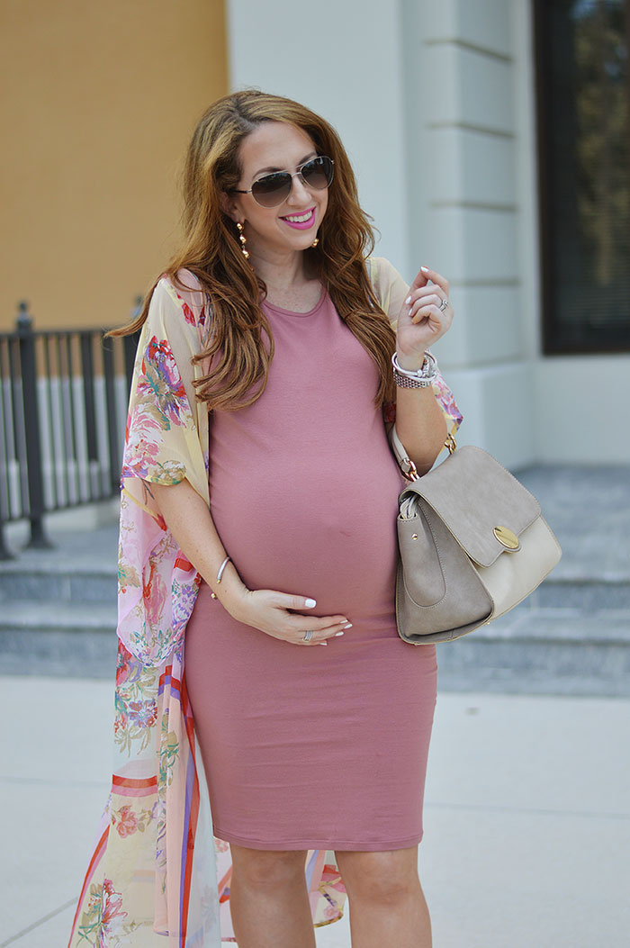 nina lacher from law of fashion blog wears maternity kimono