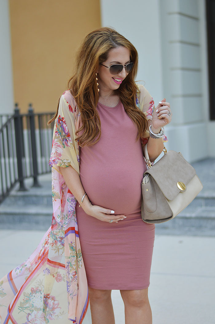 nina lacher from law of fashion blog wears summer maternity looks
